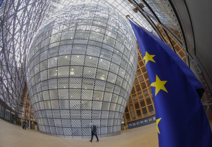 ΕΕ: Ενέκρινε νομοθετικό πακέτο κινδύνων τραπεζικών συστημάτων