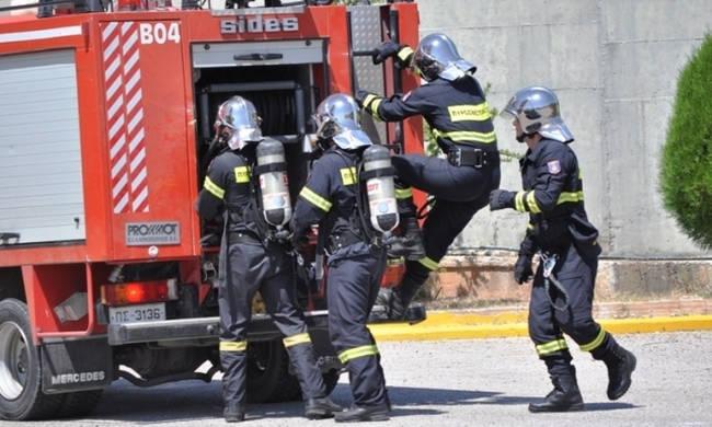 Φωτιά στον αυτοκινητόδρομο Λεμεσού - Λευκωσίας
