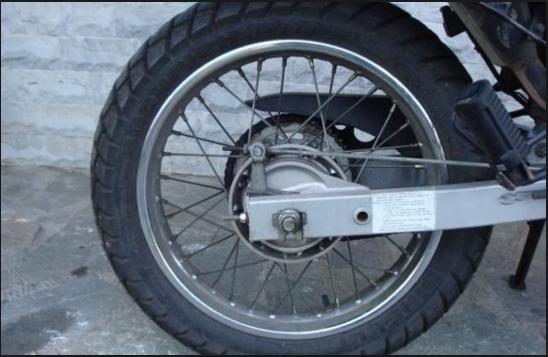 Νεαροί έκλεψαν μοτοσικλέτες - Τους τσάκωσαν να τις οδηγούν