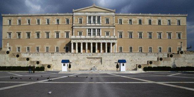 Ελλάδα: Θυροκολλήθηκε το διάταγμα για τη διάλυση της Βουλής