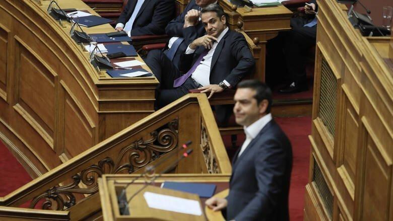 Κόντρα κυβέρνησης - ΣΥΡΙΖΑ για το κόστος των μετακλητών