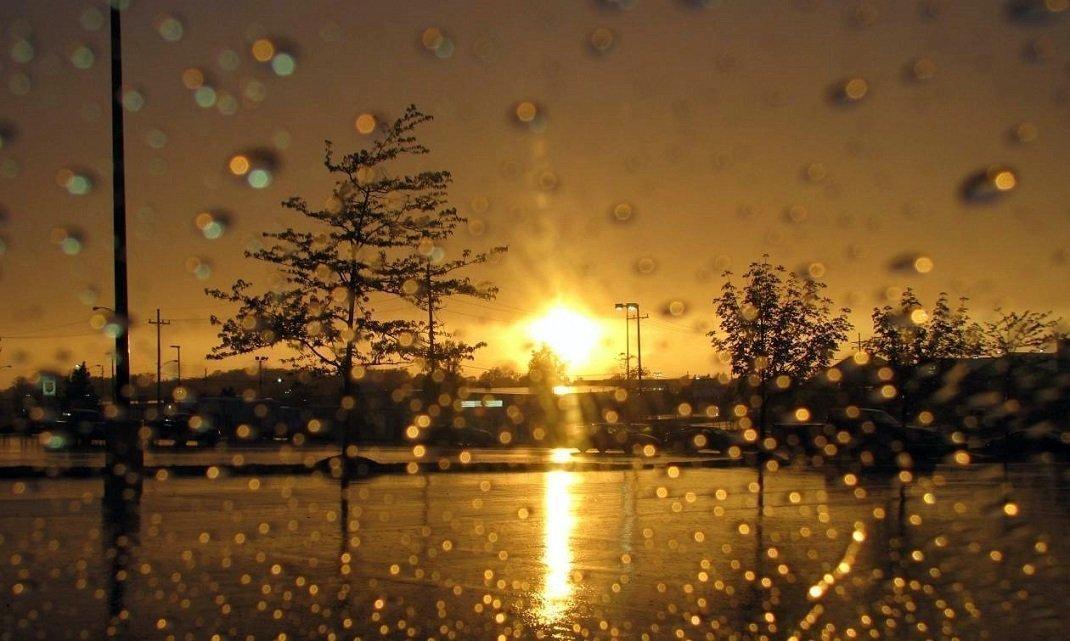 Απόγευμα καταιγίδες και από αύριο άνοδος της θερμοκρασίας