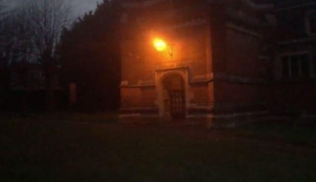 Φάντασμα καλόγριας σε εκκλησία; Δείτε το ανατριχιαστικό βίντεο