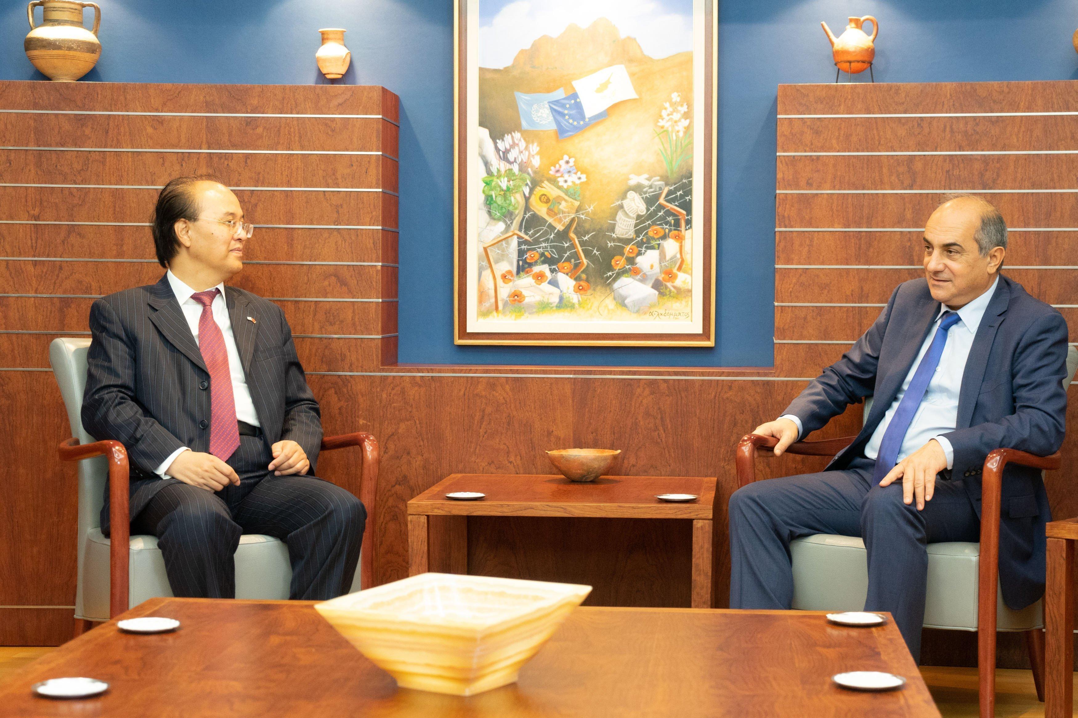 'Η Κίνα στηρίζει την εδαφική ακεραιότητα της ΚΔ'
