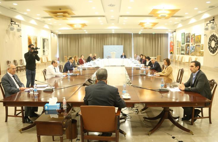 Σύσκεψη Επιστημονικής Ομάδας - ΠτΔ για περαιτέρω «ξεκλείδωμα»