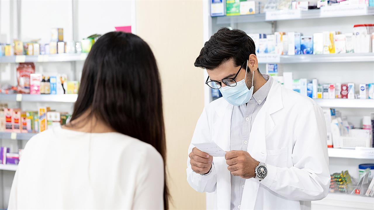 Χαμός στα φαρμακεία - Ψάχνουν προσωπικό για τα rapid test