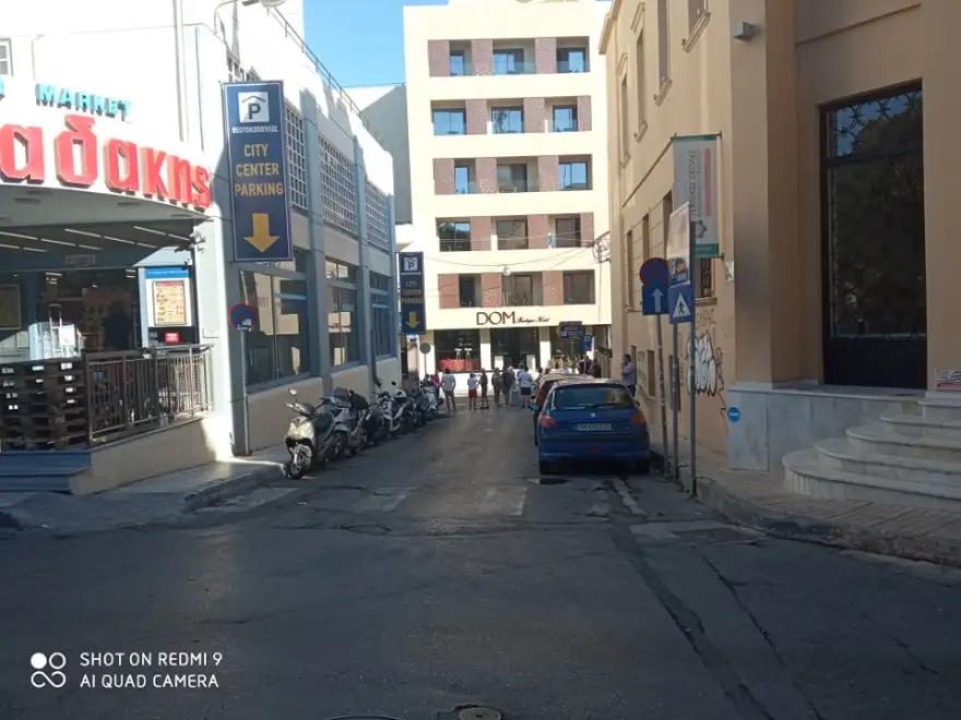 Ελλαδικά ΜΜΕ: Ένας νεκρός από τον σεισμό στη Κρήτη